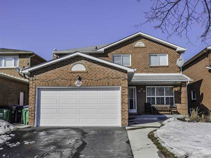 House  in 12 La Rose Crt, Brampton, Ontario, L6Z2T8