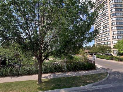 Condo for Sale  in 22 Clarissa  Dr, Richmond Hill, Ontario, L4C9R6
