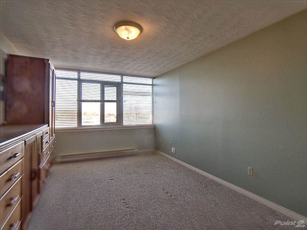 40 Harrisford Street in Hamilton - Condo For Sale : MLS# h4101340 Photo 10