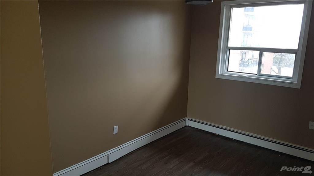 30 Summit Avenue in Hamilton - Condo For Sale : MLS# h4102366 Photo 6