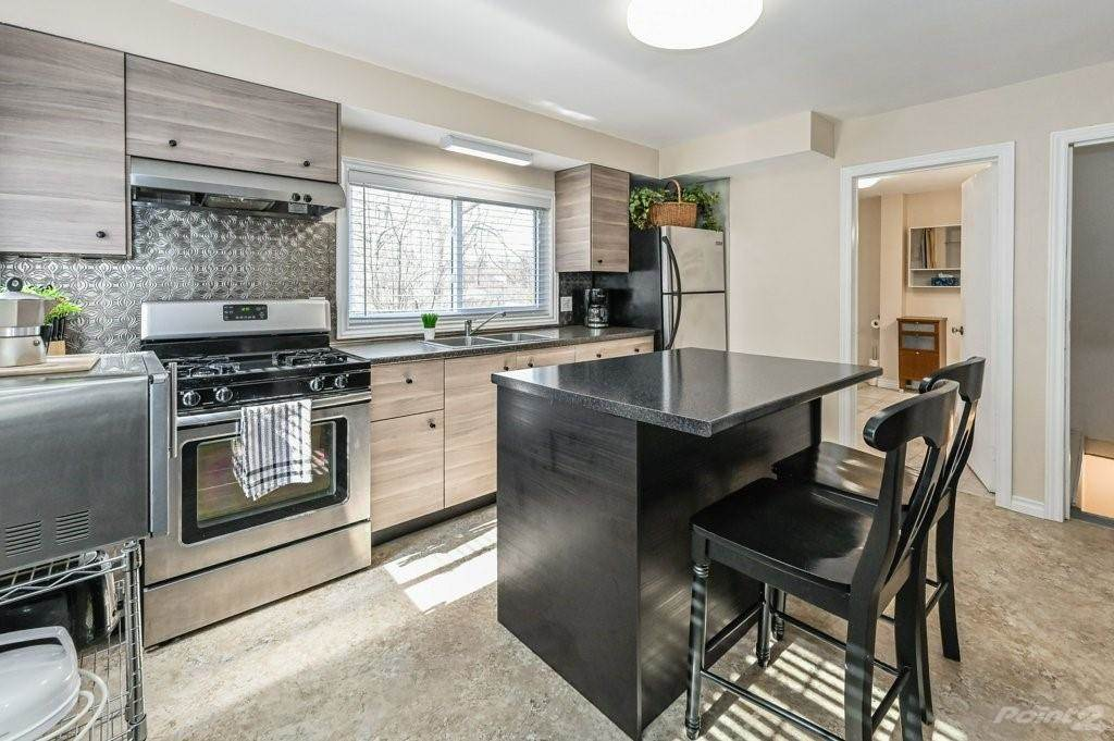 28 Clifford Street in Hamilton - House For Sale : MLS# h4099018 Photo 17