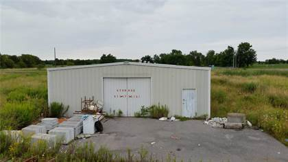 Commercial 608 St. Lawrence St E, Madoc, ON
