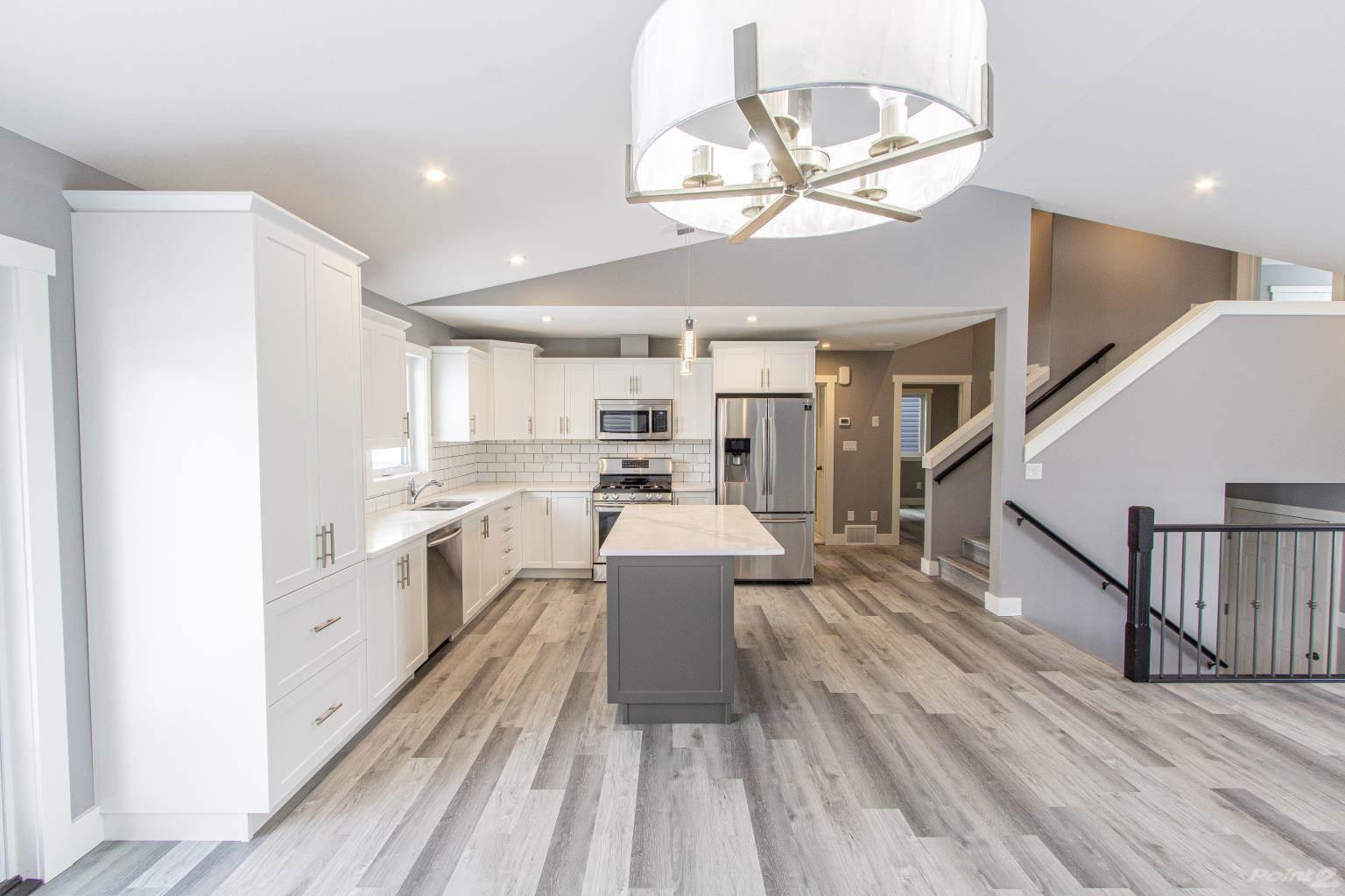 215 Terra Nova Cres in Cold Lake - House For Sale : MLS# e4225242 Photo 3