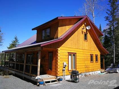 Wendigo Lake Log Home, Englehart, ON