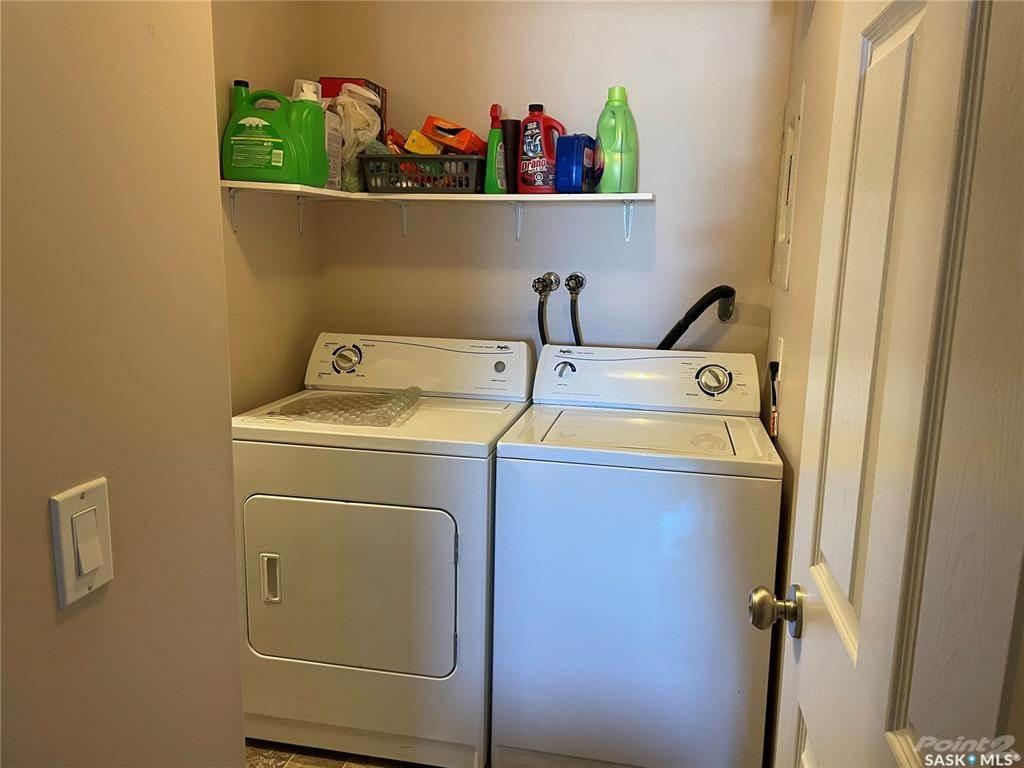 160 Gore Place in Regina - Condo For Sale : MLS# sk849537 Photo 8