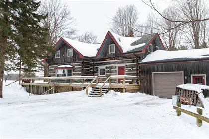 House  in 598685 2nd Line West, Mulmur, Ontario, L9V0B7