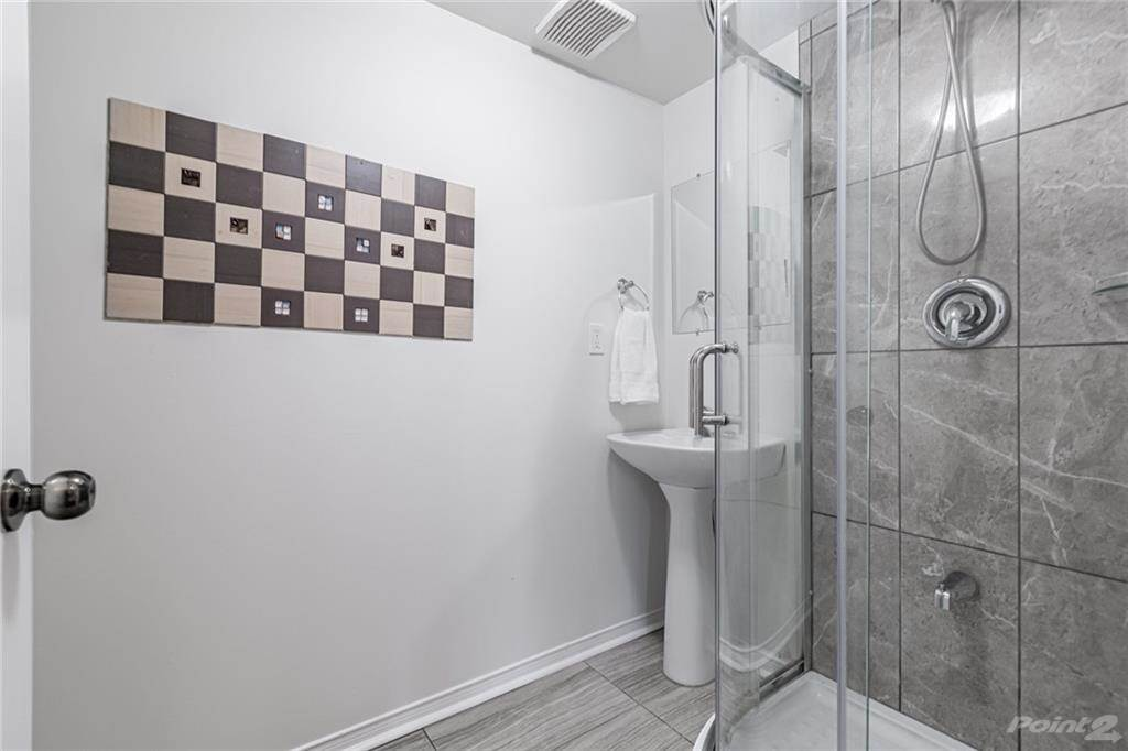 6950 Tenth Line W in Mississauga - Condo For Sale : MLS# h4099893 Photo 16