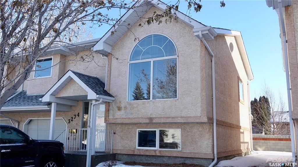 3274 Renfrew Crescent in Regina - Condo For Sale : MLS# sk842837 Photo 1