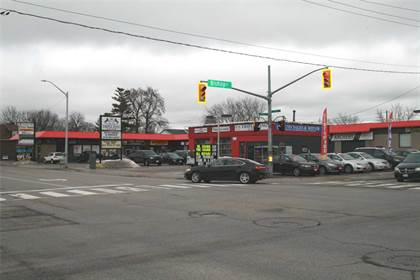 Commercial  in 1461 King St E, Cambridge, Ontario, N3H3R3