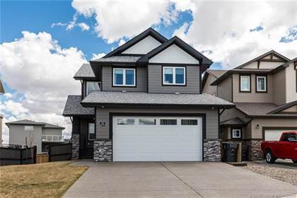 56 Northlander Way W Lethbridge Alberta $500,000