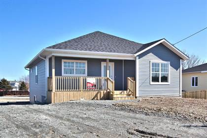 House  in 52 Bishops Road, Bay Roberts, Newfoundland, A0A1G0