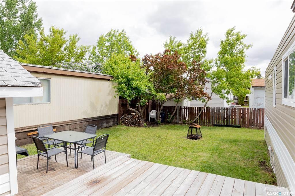 1035 Boychuk Drive, Saskatoon, Saskatchewan Photo 4