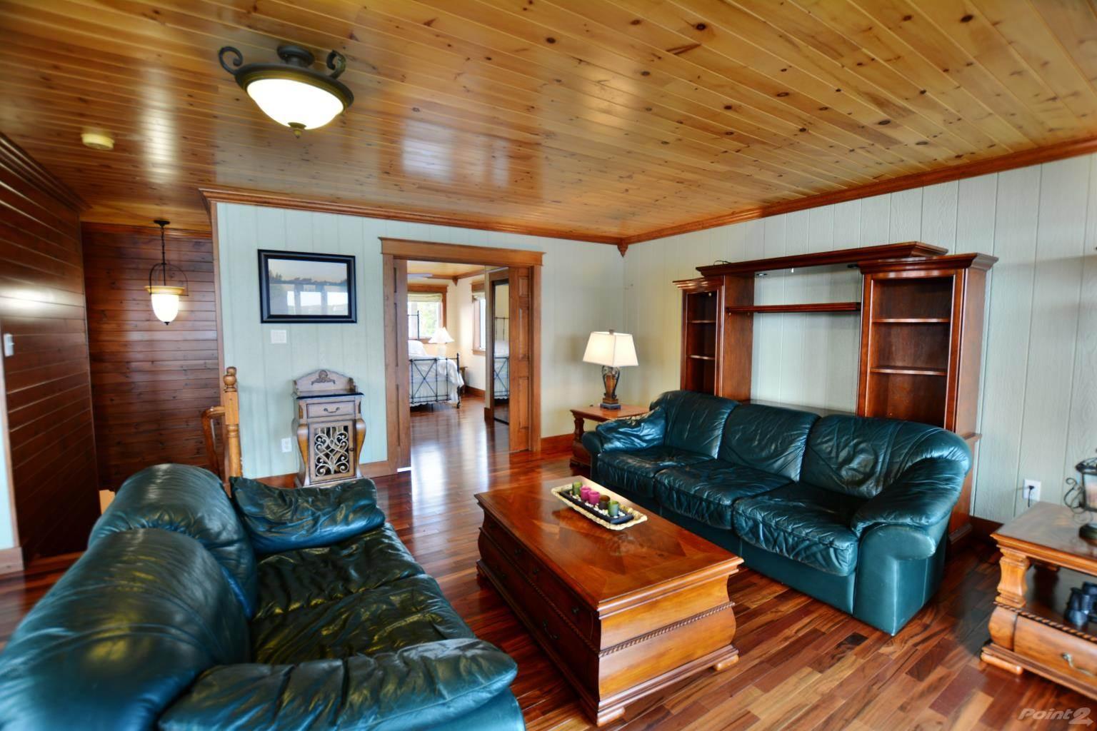 112 Ocean Pond Road, Ocean Pond House For Sale