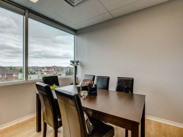 50 Sunny Meadow Blvd in Brampton - Commercial For Sale : MLS# w4975170 Photo 7