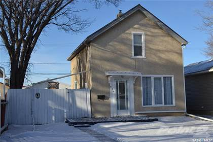House for Sale 474 Osler Street Regina Saskatchewan $194,900