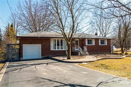 House  in 878 Beeforth Road, Flamborough, Ontario, L0R1V0