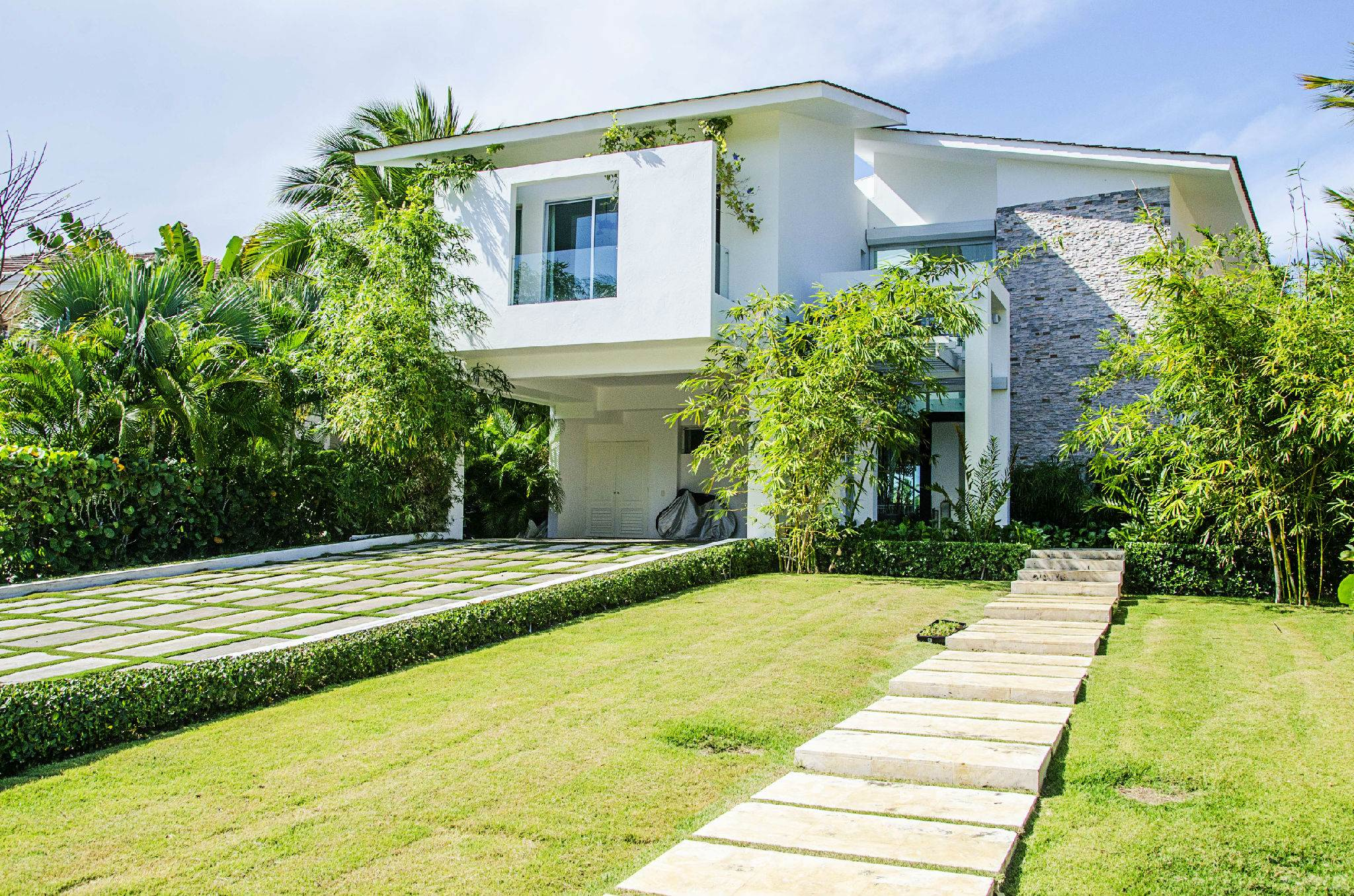 Plaza Arenal Caribe Suite 2 Los Corales Bavaro Punta Cana La  # Muebles Bavaro Punta Cana