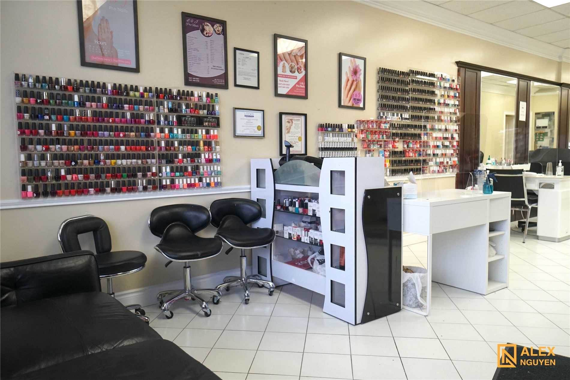860 North Park Dr in Brampton - Commercial For Sale : MLS# w5111150 Photo 1