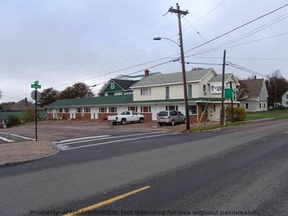 Commercial 150 Victoria St E, Amherst, NS