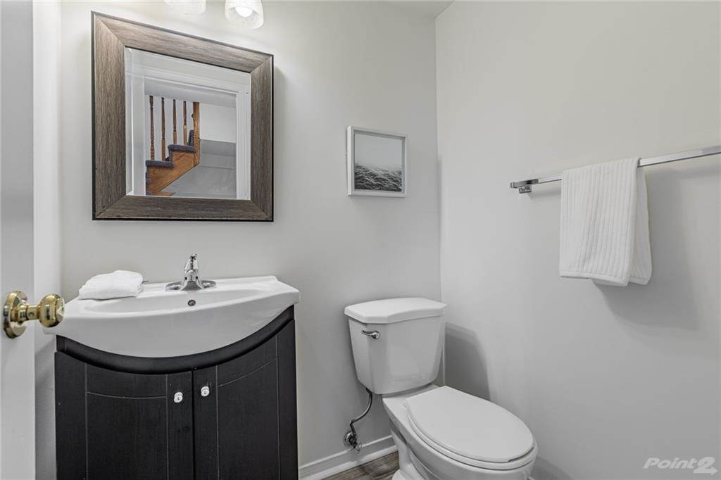 6950 Tenth Line W in Mississauga - Condo For Sale : MLS# h4099893 Photo 19