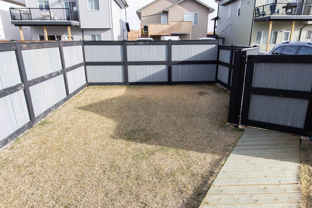 624 Aquitania Boulevard W in Lethbridge - House For Sale : MLS# a1090178 Photo 4