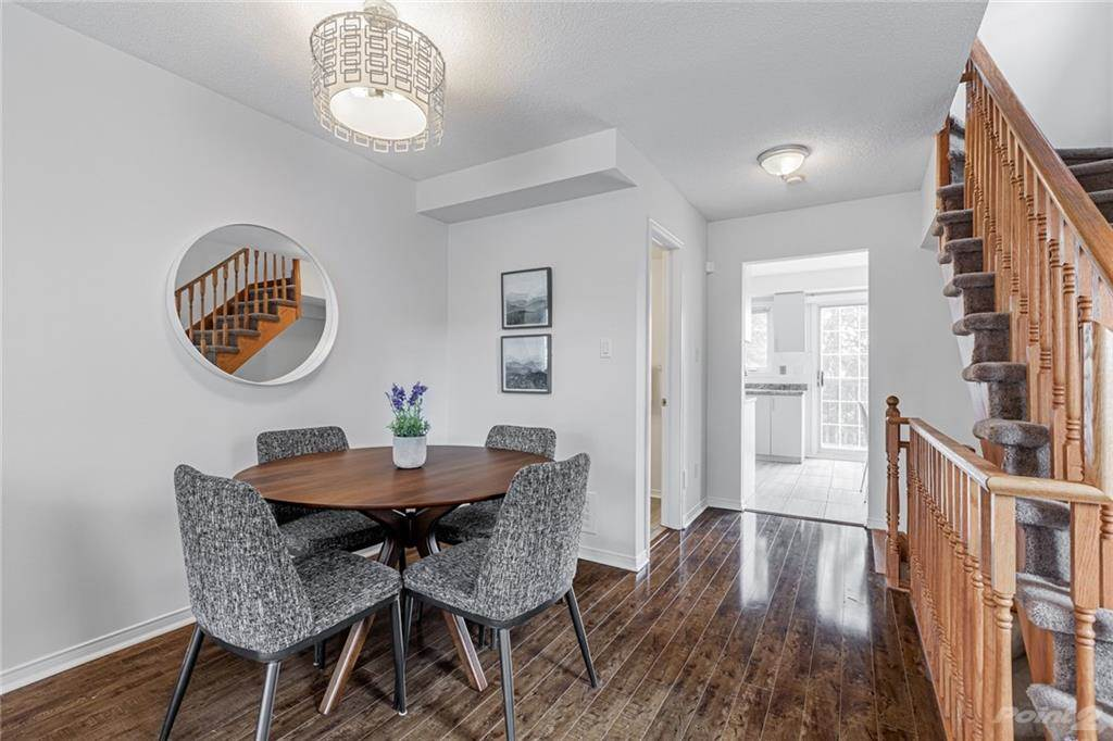 6950 Tenth Line W in Mississauga - Condo For Sale : MLS# h4099893 Photo 9