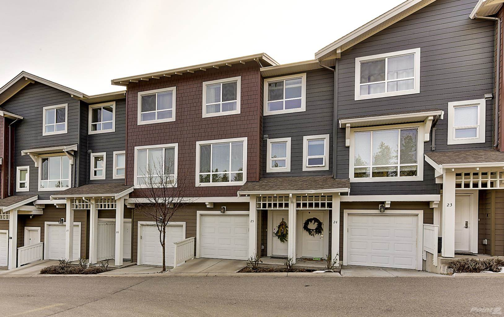 625 Boynton Place in Kelowna - Multifamily For Sale : MLS# 10221871 Photo 2
