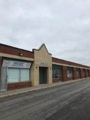 Commercial 3045 Southcreek Rd, Mississauga, ON