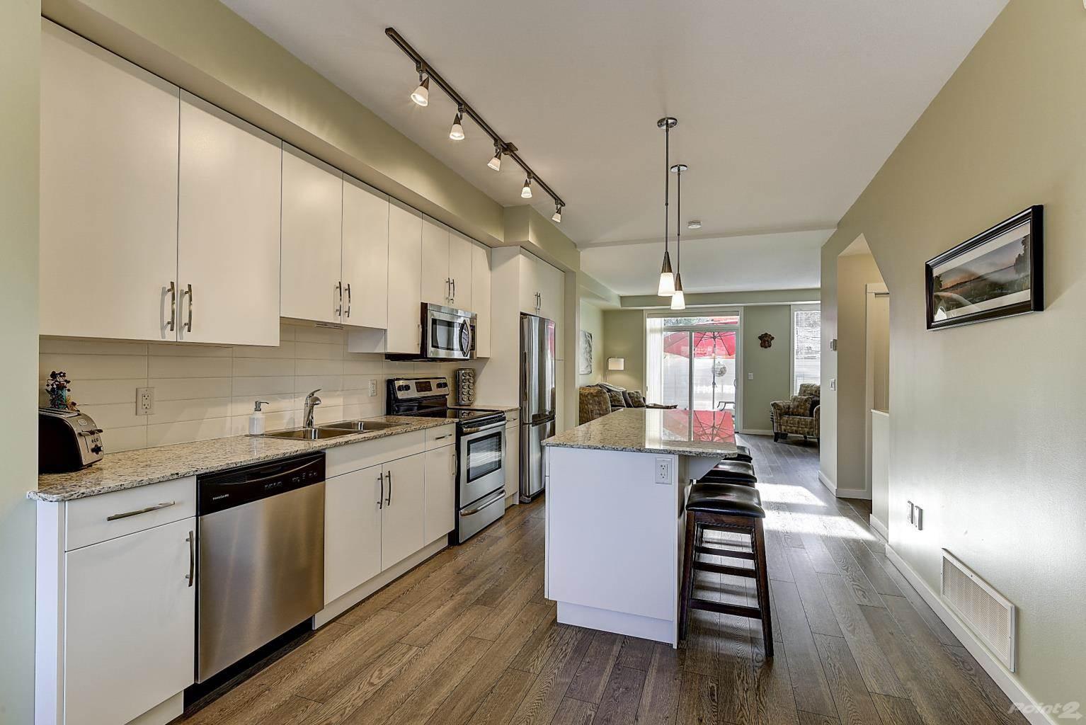 625 Boynton Place in Kelowna - Multifamily For Sale : MLS# 10221871 Photo 7