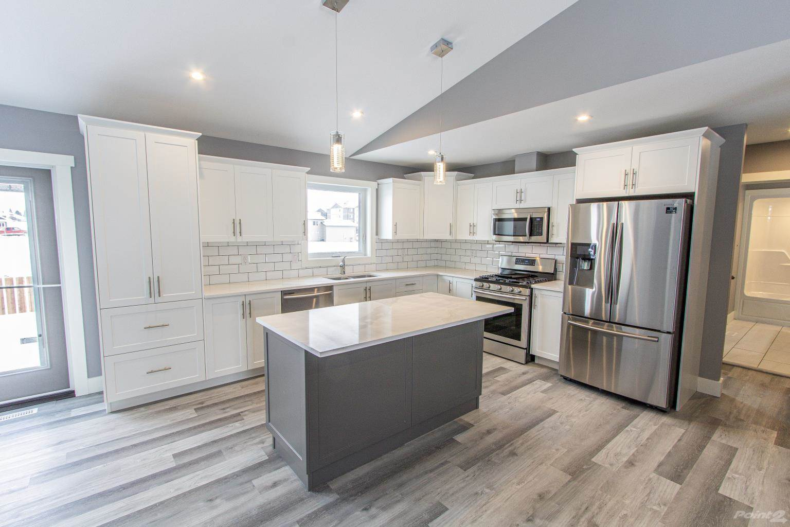 215 Terra Nova Cres in Cold Lake - House For Sale : MLS# e4225242 Photo 4
