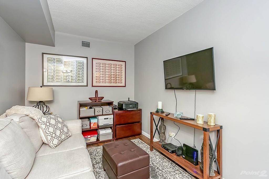 415 Locust Street in Burlington - Condo For Sale : MLS# h4098223 Photo 8