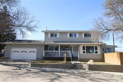 530 1st Ave Ne, Swift Current For Sale | Ovlix