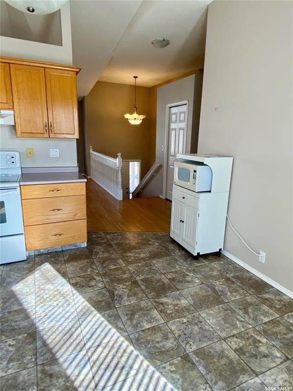 3274 Renfrew Crescent in Regina - Condo For Sale : MLS# sk842837 Photo 10