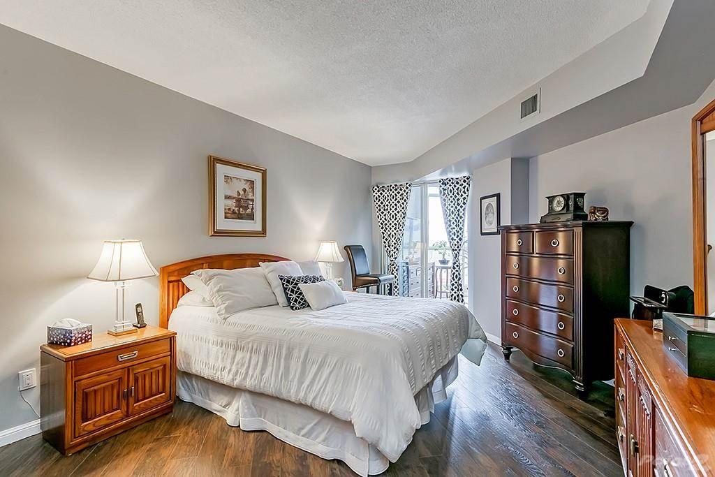 415 Locust Street in Burlington - Condo For Sale : MLS# h4098223 Photo 22