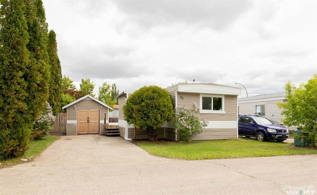 1035 Boychuk Drive, Saskatoon, Saskatchewan Photo 1