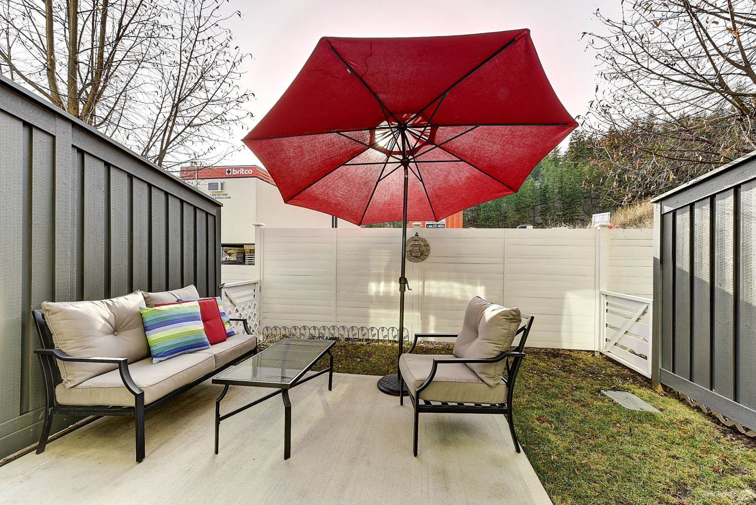 625 Boynton Place in Kelowna - Multifamily For Sale : MLS# 10221871 Photo 15