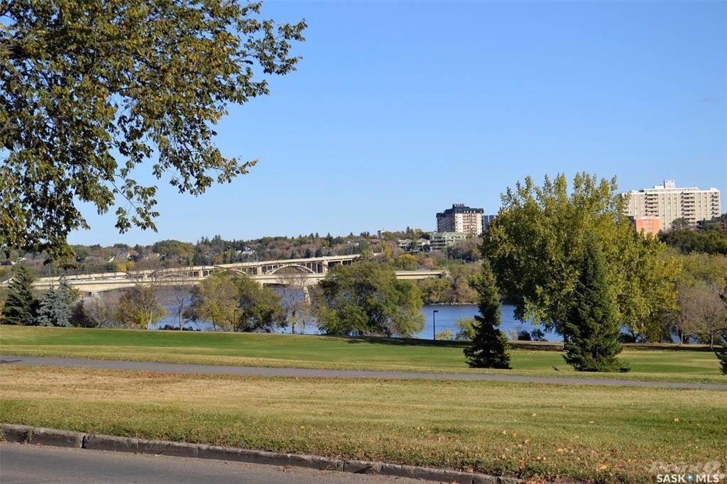 614 Spadina Crescent W, Saskatoon Commercial For Sale