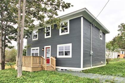 House  in 305a Water Street, Bay Roberts, Newfoundland, A0A1G0