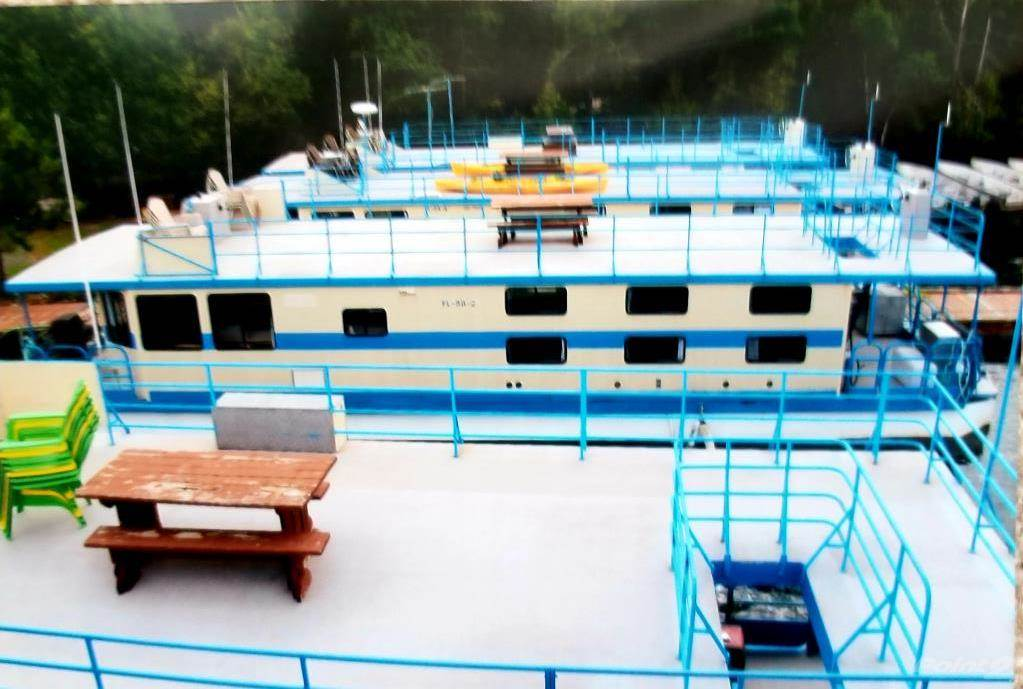 Nw Ontario Full Turnkey Consistently Profitable 9 Custom Built Quality Houseboats Painted 2020 Other Photo 1