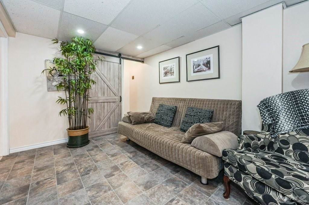 28 Clifford Street in Hamilton - House For Sale : MLS# h4099018 Photo 35