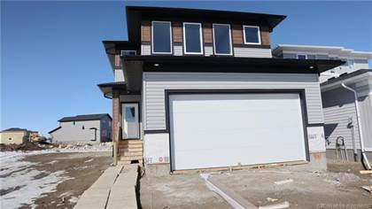 422 Bluebell Lane W Lethbridge Alberta $399,900