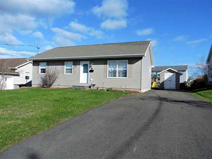 House 8 Paradise Ave, Amherst, NS