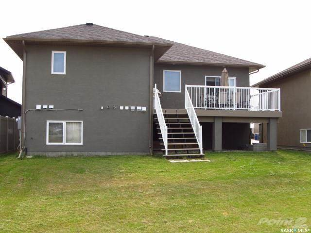 House For Sale 155 Schumacher Bay, Saskatoon, SK (Picture No. 3)