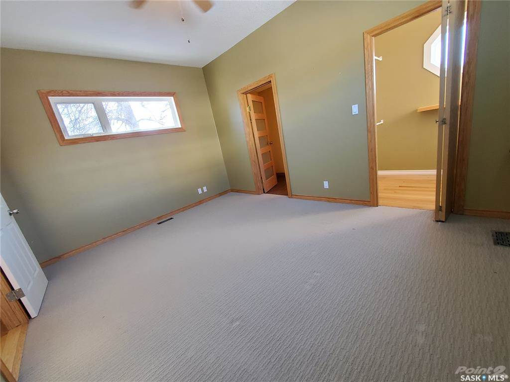536 Central Avenue N in Swift Current - House For Sale : MLS# sk842770 Photo 17