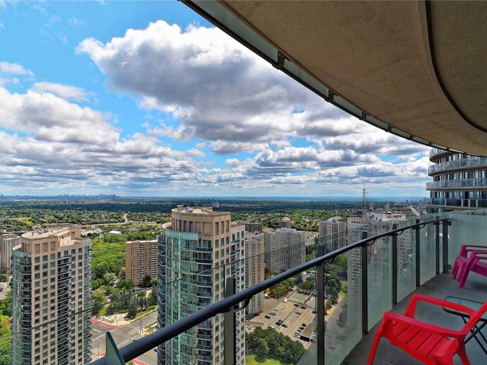 50 Absolute Ave, Mississauga, Ontario Photo 1