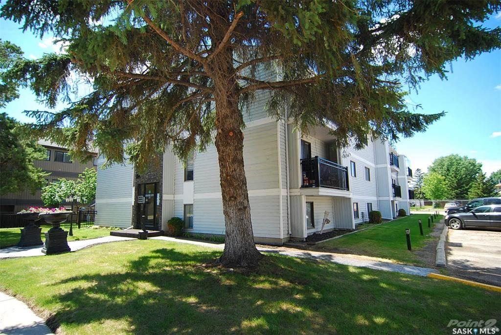 254 Pinehouse Place, Saskatoon, Saskatchewan Photo 1