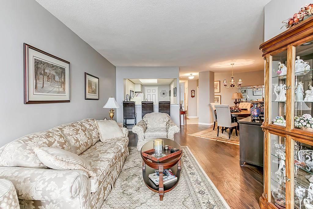 415 Locust Street in Burlington - Condo For Sale : MLS# h4098223 Photo 17