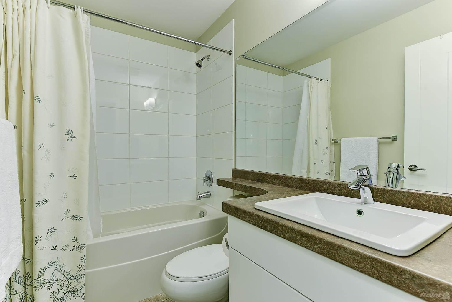 625 Boynton Place in Kelowna - Multifamily For Sale : MLS# 10221871 Photo 23