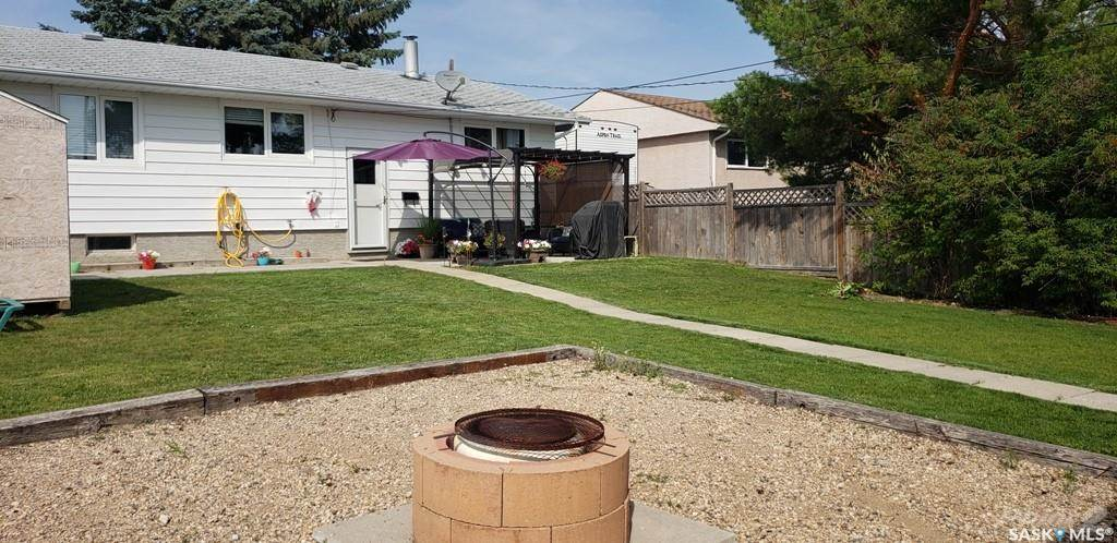 83 Roderick Avenue in Southey - House For Sale : MLS# sk842939 Photo 38