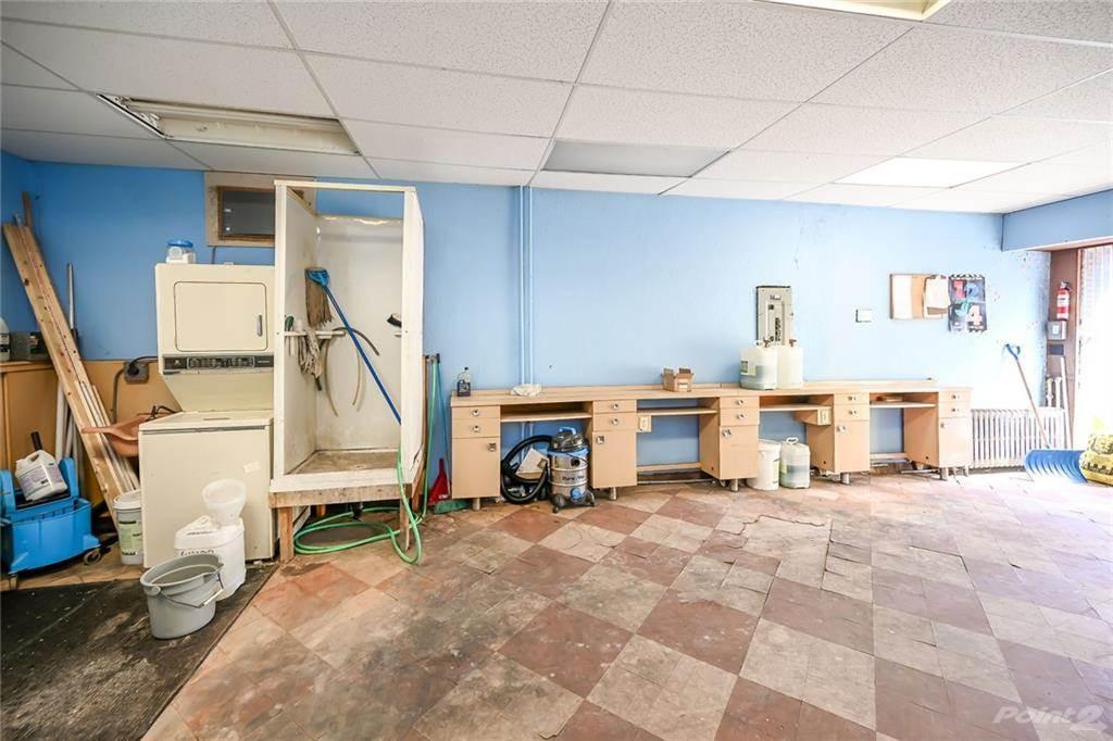 731 Barton Street E in Hamilton - Commercial For Sale : MLS# h4102967 Photo 9